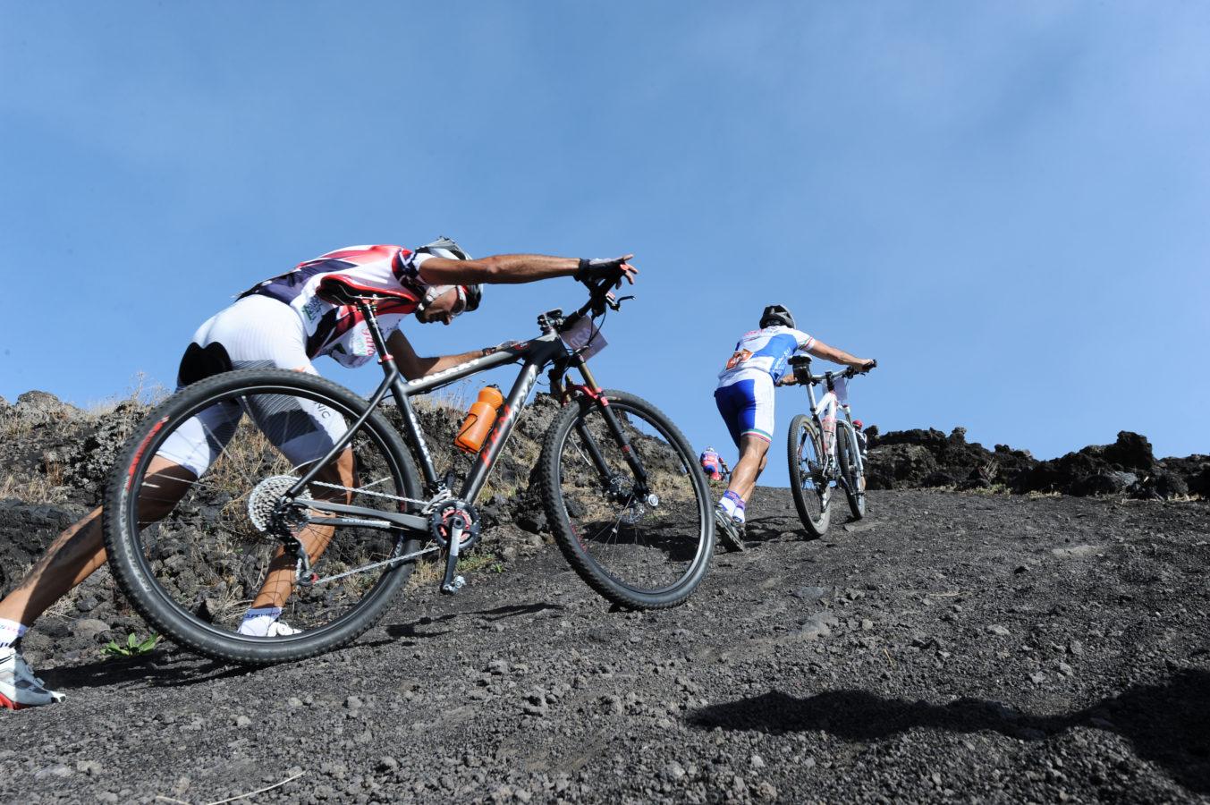 Etna E-Bike Ride: 20€ di sconto per chi partecipa anche alla gara muscolare del 14 settembre