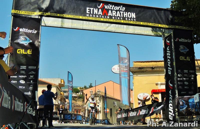 La Vittoria Etna Marathon è ancora di Leonardo Paez e Chiara Burato